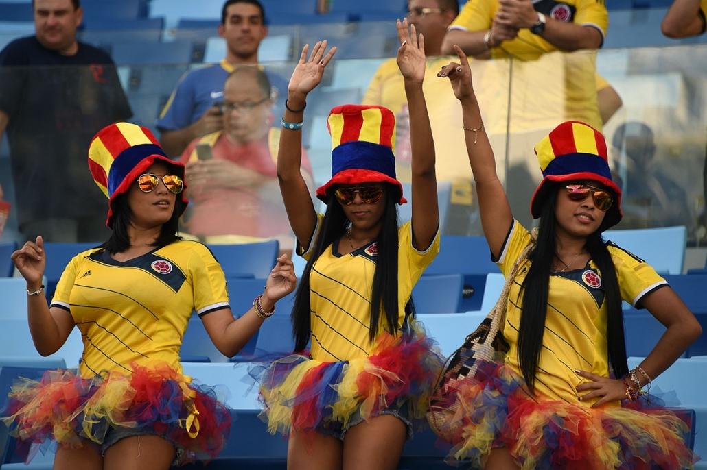 afp. vb-lányok, foci-vb 2014, szurkolók - 2014.06.24. Cuiabá, Brazília, kolumbiai szurkolók