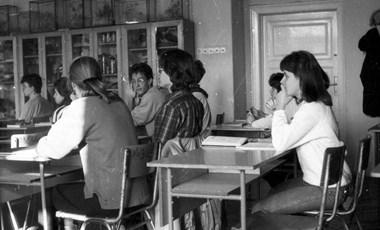 Vitairatot készített a magyar közoktatás válságáról a Pedagógusok Szakszervezete