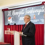 Papp Réka Kinga: Évnyitó szabadesésben