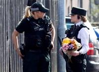 Fiatal újságírónő az áldozata az észak-írországi terror fellángolásának