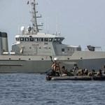 Megtalálhatták az indonéz repülőgép törzsét és feketedobozát