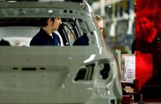 Elbocsátások kezdődnek az egyik legfontosabb magyarországi autóipari beszállító csoportnál