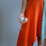 Az új divat: hulladékmentes és etikus ruhákba fektet az állam