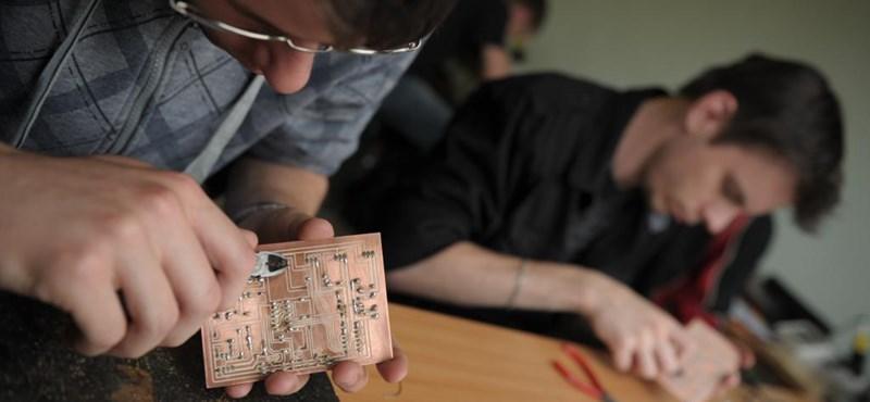 NGM: problémás iskolai elszámolások miatt késik a szakiskolások ösztöndíja