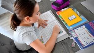 Szülők a távoktatásban: mit követel az új rendszer az otthonmaradóktól?