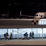 És akkor reptéri nyaralással kedveskednek a fapadosok az utasaiknak