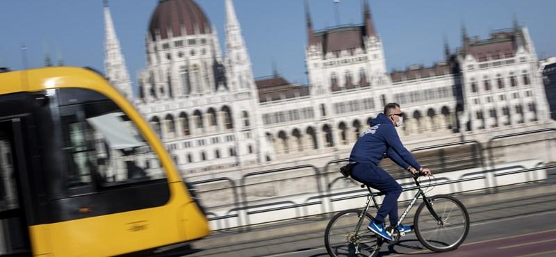 Budapesten és egész Pest megyében fenntartják a kijárási korlátozást