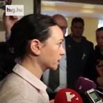 Szabó Tímea az M1 riporterének: Önökön keresztül nem jut el az igazság a választókhoz