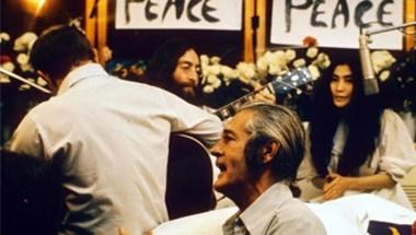 Ötven éve bújt ágyba John Lennon és Yoko Ono nyilvánosan