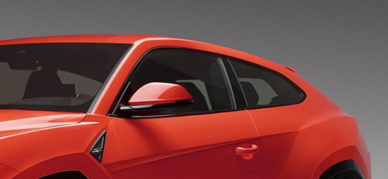 Így mutat a 650 lóerős Lamborghini divatterepjáró 3 ajtóval