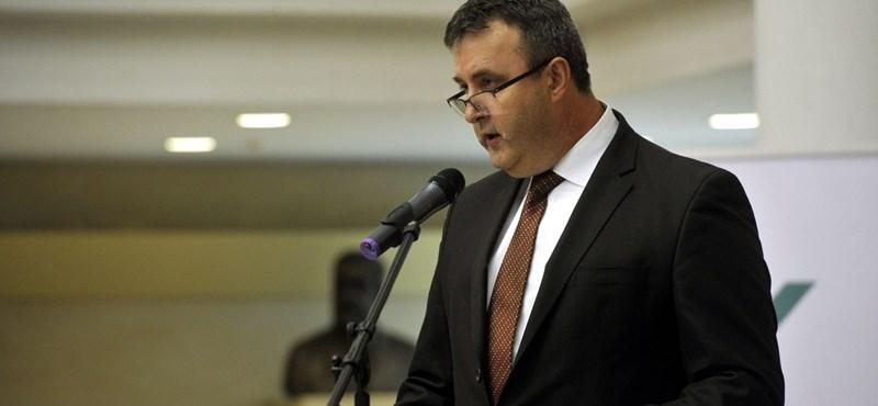 Bemutatta az új minisztérium államtitkárait Palkovics László