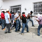Megbénították Mexikóvárost a dühös tanárok