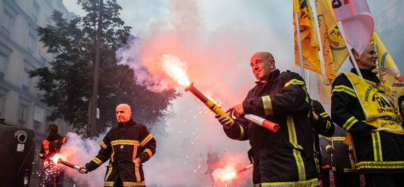 Tűzoltók csaptak össze a rendőrökkel egy párizsi tüntetésen