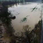 Utakat zártak le az árvíz miatt Borsodban