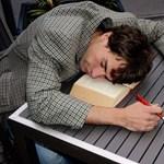 Ilyen súlyos betegségekhez vezethet az alvászavar