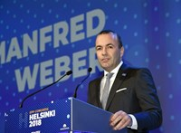 Weber Orbánról: Nincs kivételezés