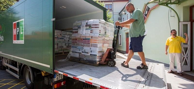 Közeledik a tanévkezdés: már több mint a tankönyvek felét kiszállították az iskolákba
