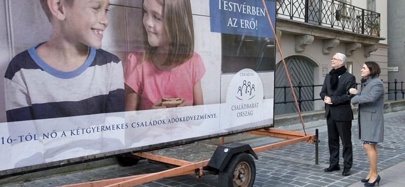 Novák Katalin szerint nem adósságcsapda, ha valaki fizetésének a fele elmegy hitelek törlesztésére