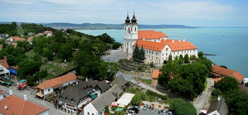 A tihanyi apátságot és egy plébániát is kirámolt egy szlovén férfi
