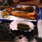 Csodatevés a Balatonnál: sütés alatt felére zsugorodik a hekk