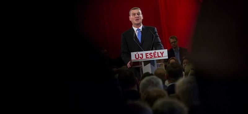 Botkára lő a Fidesz, az MSZP szerint magát találta el a kormánypárt