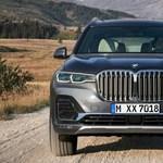 Itthon is beárazták a hatalmas BMW X7-et, 5-6 millióval drágább az X5-nél