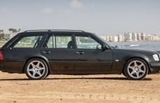 Gyönyörű izomkombi a 90-es évek elejéről: eladó egy alig használt Mercedes E36T AMG