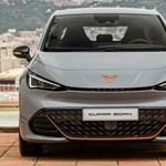 Sportos új villanyautó a VW konszerntől, itt a Cupra Born