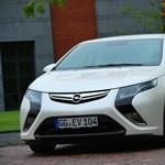 Az Opel Ampera lett az év tesztautója 2011-ben