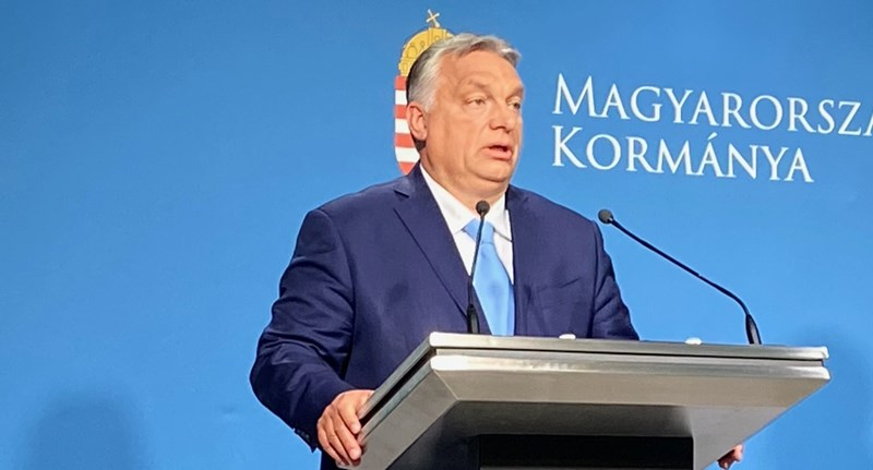 """Orbán: """"Ezzel a térdelősdivel a legkevésbé sem szimpatizálok"""""""