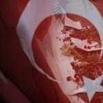 Letartóztattak három merényletre készülő feltételezett dzsihadistát Isztambulban