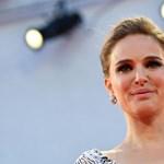Moby bocsánatot kért Natalie Portmantől, miután a randizásukról írt a memoárjában