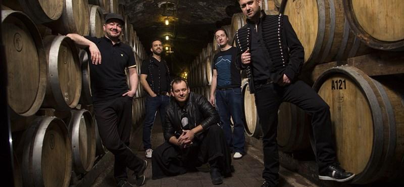 Így szól az AC/DC vagy a Daft Punk ethno-funkban – feldolgozáslemezzel jelentkezett a Kerekes Band