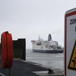 Újraindult a forgalom a brit-francia határon, az áthaladáshoz negatív teszt kell