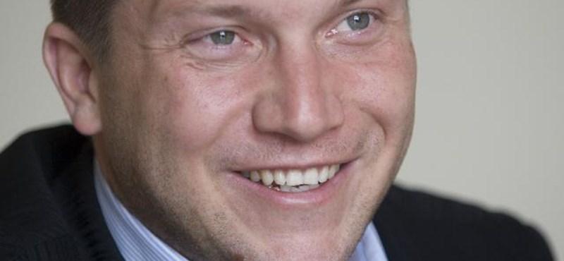 """""""Fideszes-jobbikos mutyi"""" szúrja Ujhelyi szemét"""
