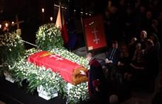 Más támadásokra is készült a gdanski polgármester gyilkosa
