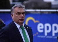 Spiegel: Orbán felégeti a hidakat maga mögött