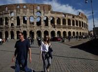 Komoly terrorkészültséget váltott ki egy telefonbeszélgetés Rómában