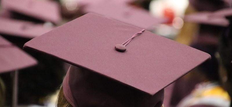 Idén kezditek az egyetemet? Ennyi államilag támogatott félévvel számolhattok összesen