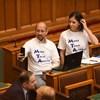 Eddig összesen 72 millió forintra büntették a parlamenti képviselőket