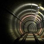 Füstölő metrók: a roncsderbi egy évig még biztosan folytatódik