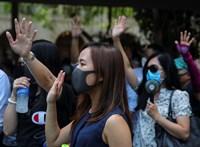 Újra kemény összecsapásokba torkollottak a hongkongi tüntetések
