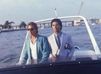 Kicsit erősnek tűnik 5,6 milliárd forint a Miami Vice szivar alakú motorcsónakjáért