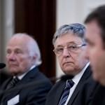 Levélben fordult Lovász az MTA kifilézése miatt a parlamenti frakciókhoz