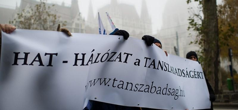 """""""Totális központosítás"""" - támadják a NAT-ot az oktatási szervezetek"""