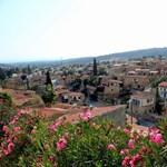 Ciprus vállalja, hogy kezeli a náluk megfertőződött turistákat, és még a nyaralás költségét is fizetik