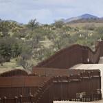 Szigorít az USA: meghallgatás nélkül is elutasíthatják a menedékkérelmeket a jövőben