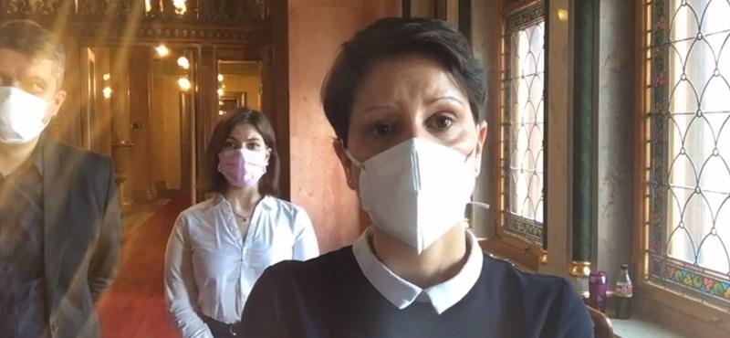 Szél Bernadett az ombudsmanhoz fordul a gyülekezési tilalom miatt