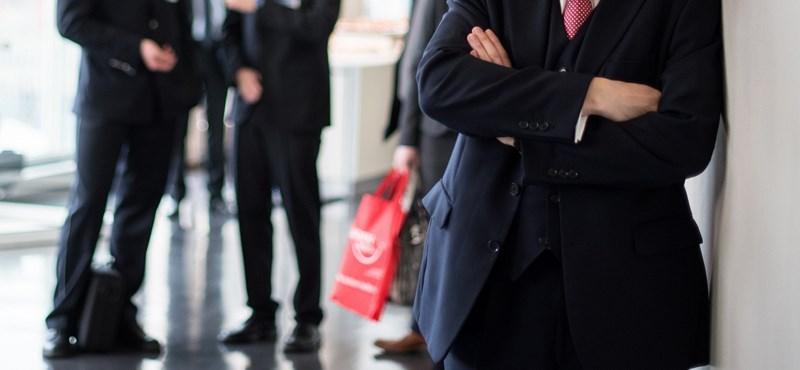 Milliomos exgyakornokok: milyen út vezet a vezérigazgatói székhez?