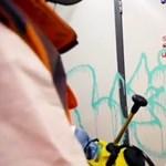 Banksy patkányokat hagyott a londoni metróban